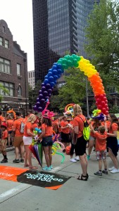 I love a rainbow balloon arch-kudos to Nordstrom's who had a huge contingent in the parade!